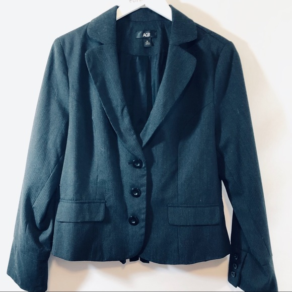 AGB Jackets & Blazers - ✔️AGB pinstriped blazer sz 12